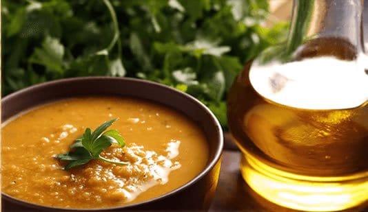 Sopa y aceite