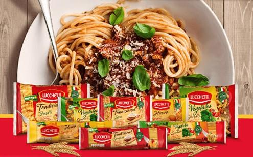 Variedad de pastas Lucchetti con platillo