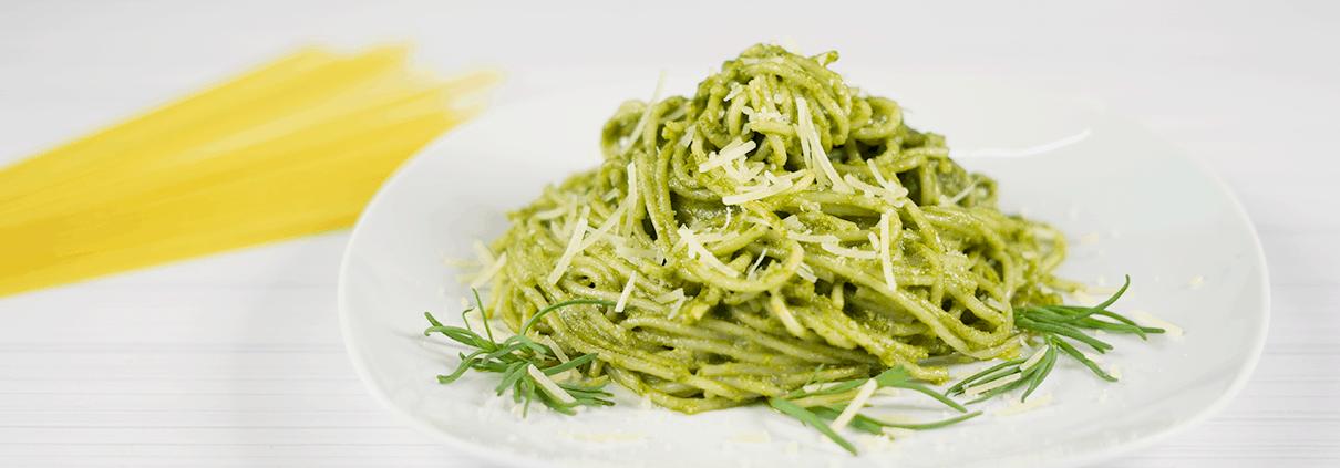 Spaghetti con parmesano y romeritos
